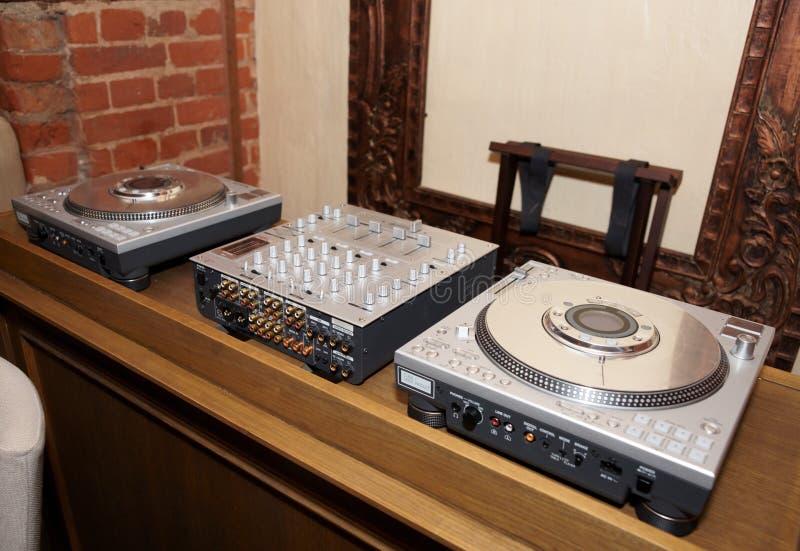 диско dj штанги устанавливает стоковое изображение