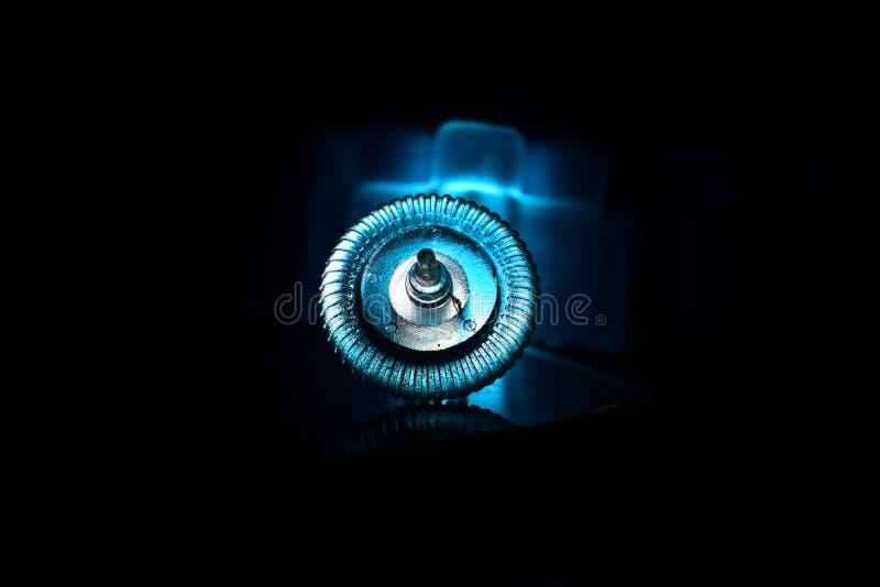 Диск или Scroller мыши компьютера с сизоватым фотоснимком световых эффектов стоковые изображения