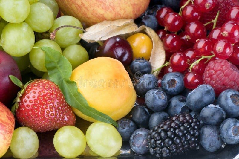 диск плодоовощ ягоды близкий вверх стоковое изображение rf