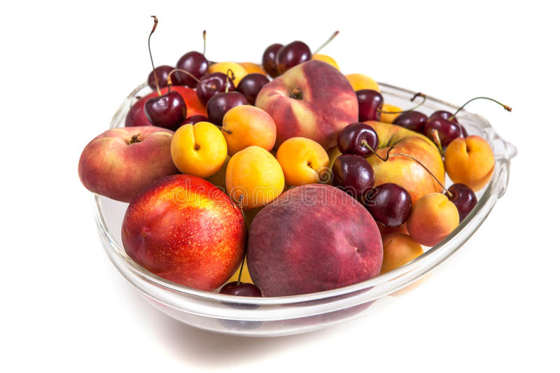 Диск сортированных свежих фруктов стоковая фотография rf