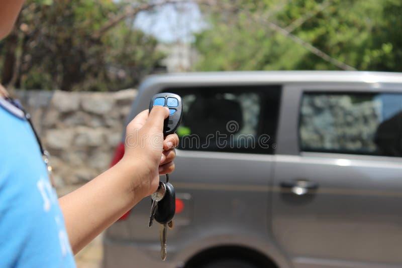 Дистанционное управление автомобиля стоковая фотография rf