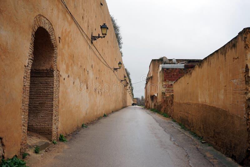 Длинная древняя стена стоковое изображение