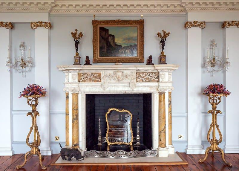 Длинный камин галереи, Burton Agnes Hall, Йоркшир, Англия стоковая фотография rf