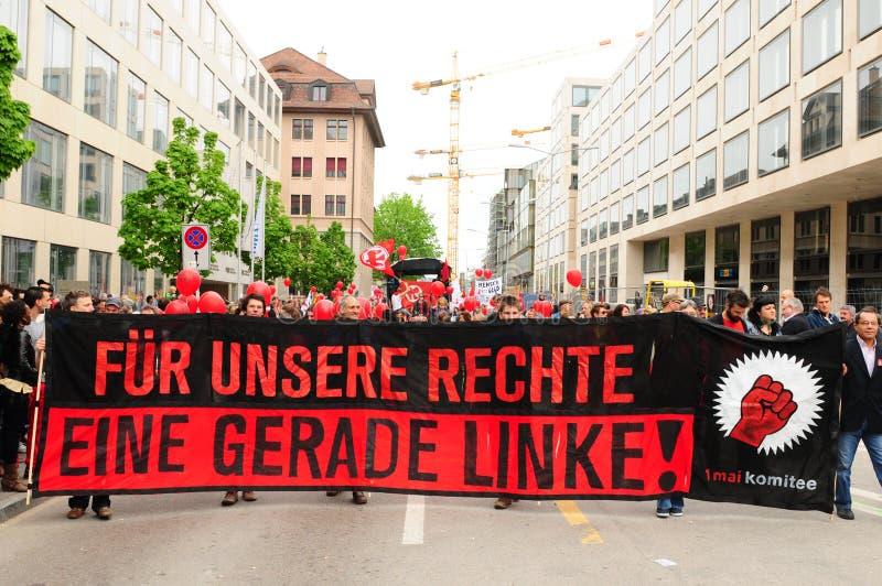 Для наших прав пунш крыла leeft написан на плакате протестующих на национальном Дне труда стоковая фотография rf