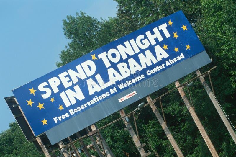 Добро пожаловать к знаку Алабамы стоковые изображения