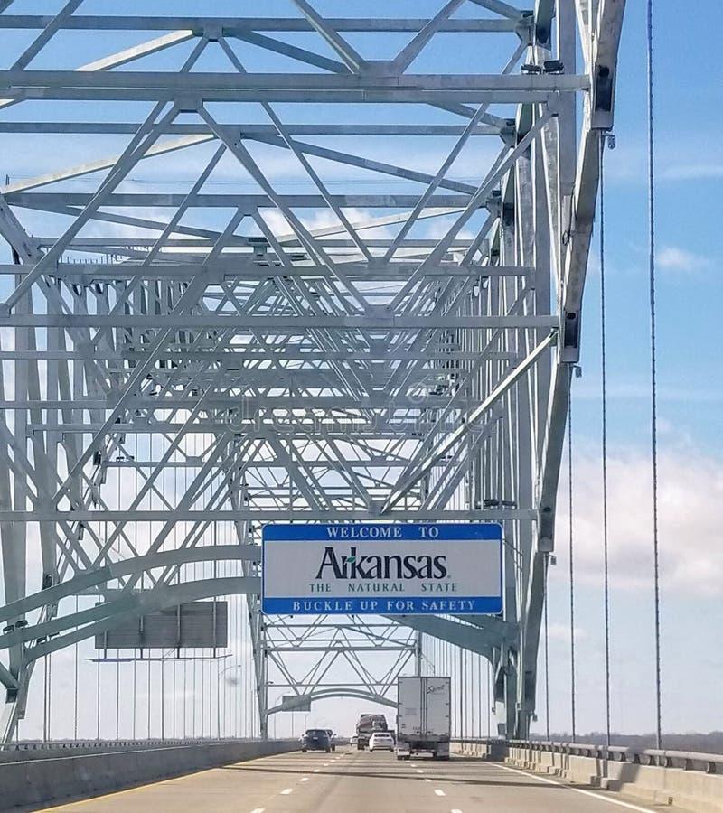 Добро пожаловать к знаку государственной границы Арканзаса стоковое фото rf