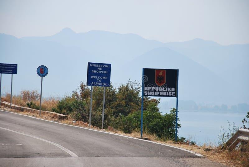 Добро пожаловать в Албании стоковая фотография rf