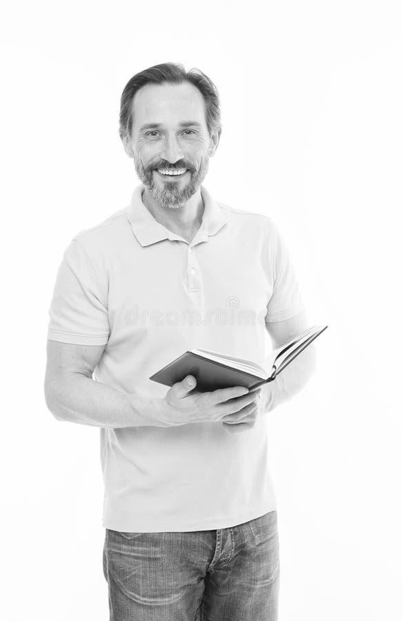 Доверие и разум Отсутствие слишком последнее исследование Предпосылка владением человека зрелой бородатой изолированная книгой бе стоковые фото
