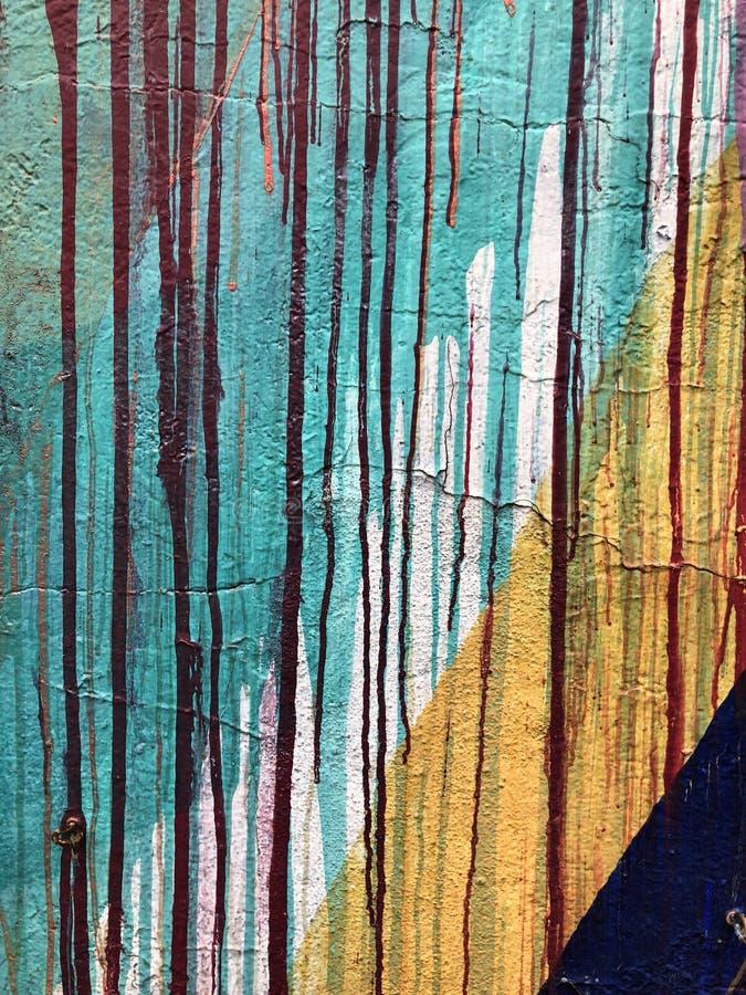 Дождевые капли на травинках стоковые изображения