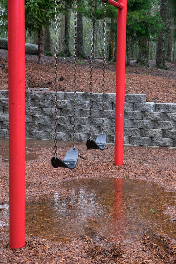 Дождливый день в парке стоковое изображение