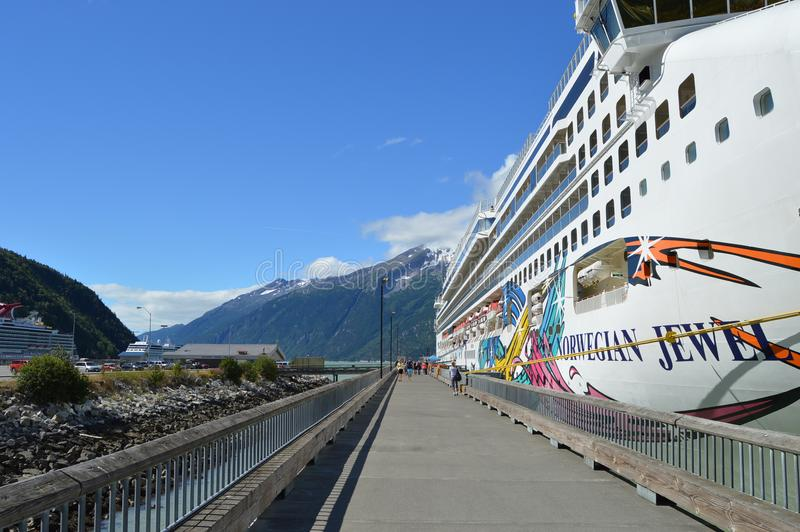 Доки круиза Skagway Аляски стоковое изображение rf