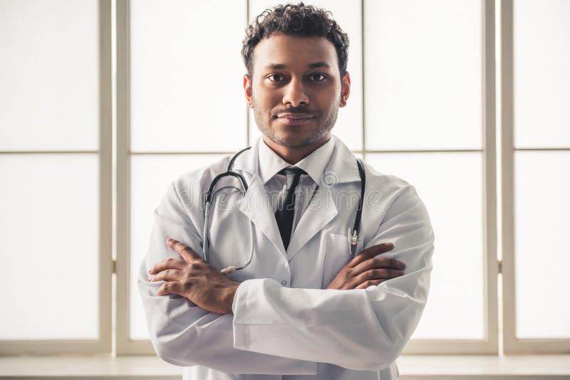 Доктор американца Афро стоковое изображение