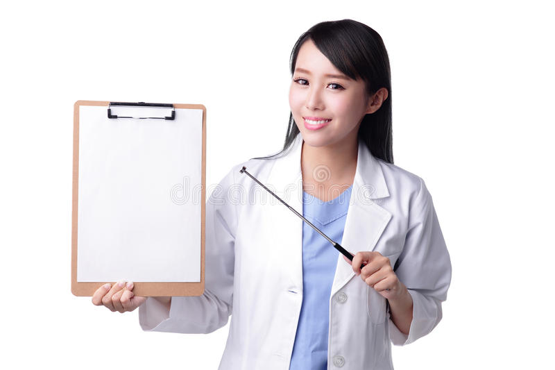 Доктор женщины улыбки стоковая фотография