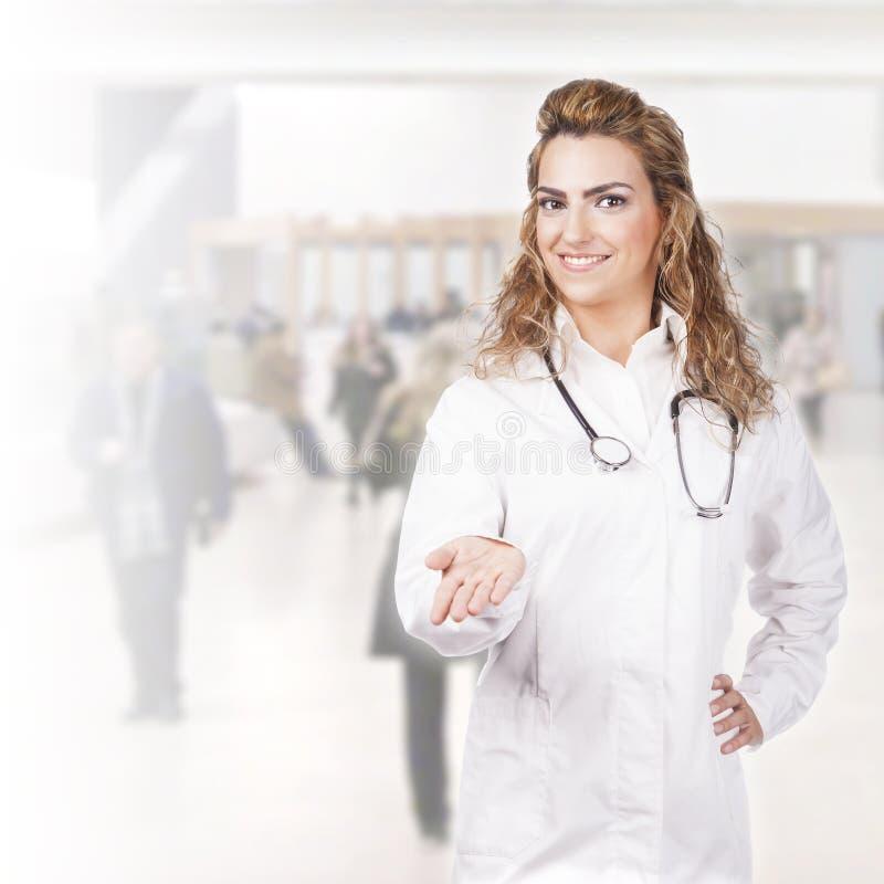 Download Доктор на усмехаться работы Стоковое Изображение - изображение насчитывающей повелительница, женщина: 41656323