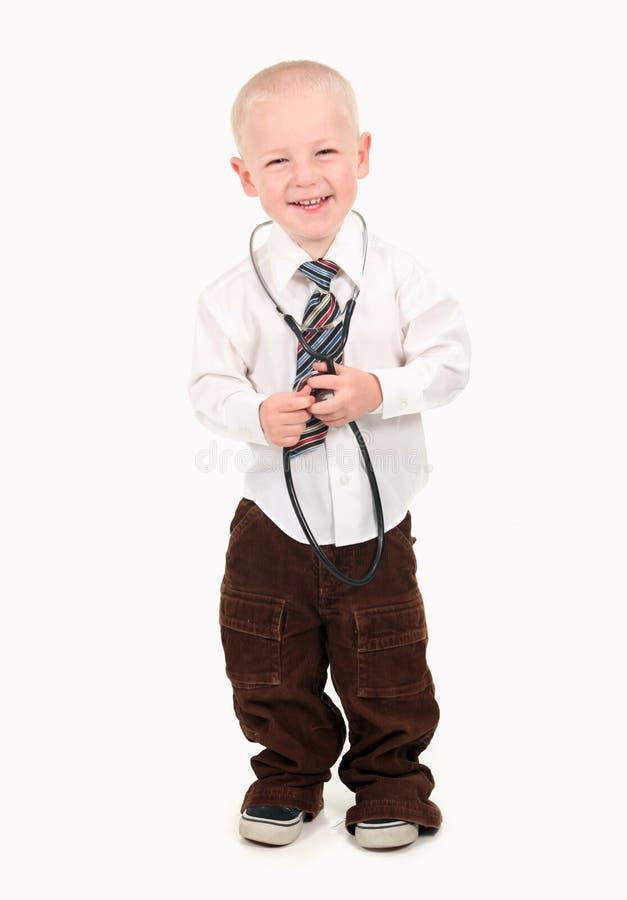доктор ребенка претендуя к стоковые изображения