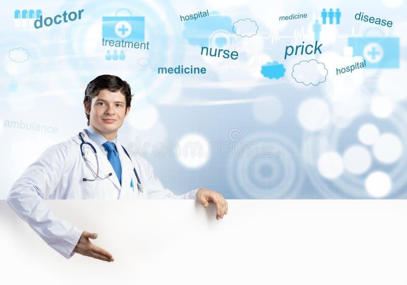 Доктор со знаменем стоковая фотография