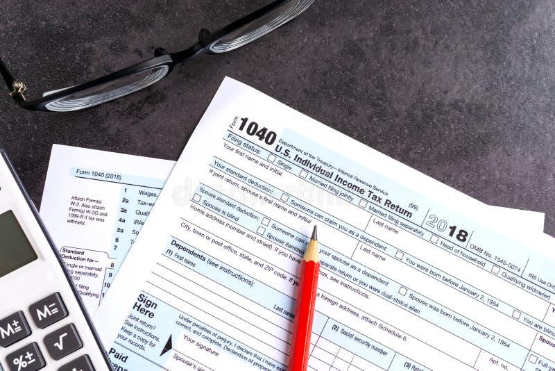 Документы налоговой декларации подоходного налога IRS 1040 стоковое изображение rf