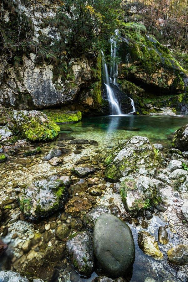 Долгая выдержка, водопад Virje в Словении стоковое фото