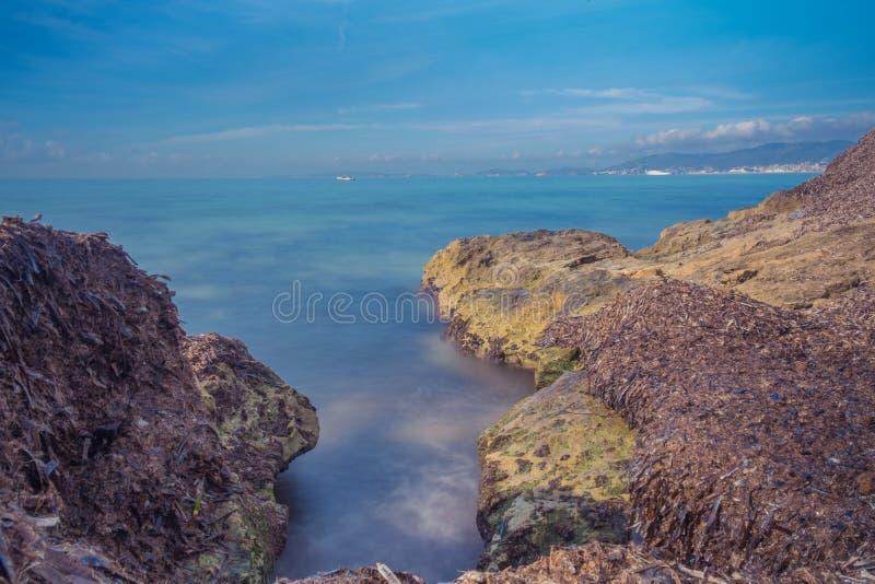 Долгая выдержка в побережье стоковые фотографии rf
