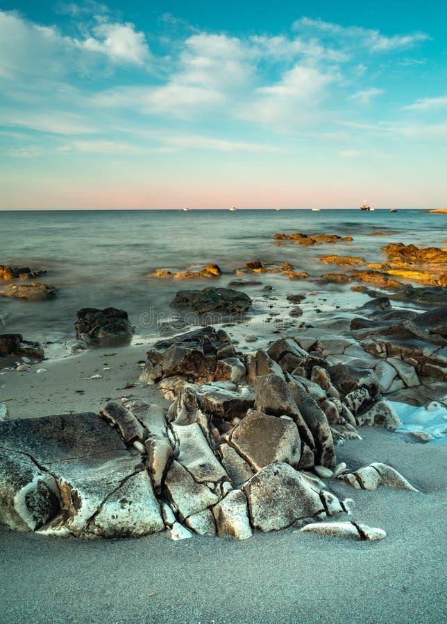 Долгая выдержка океанских волн стоковые изображения