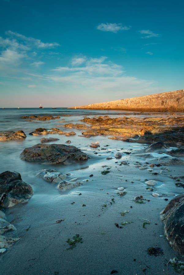 Долгая выдержка океанских волн стоковое фото