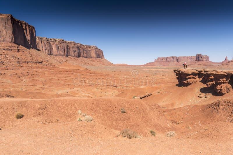 Долина Аризона памятника мезы пункта, Митчел и часового John Ford стоковые изображения rf