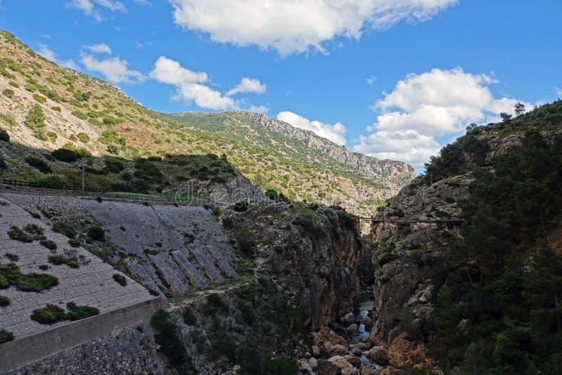 Долина Hoyo на Caminito del Rey в Андалусии, Испании стоковые фото