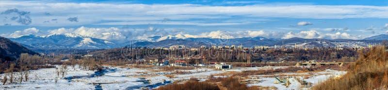 Долина Prahova и панорама Campina стоковые фото