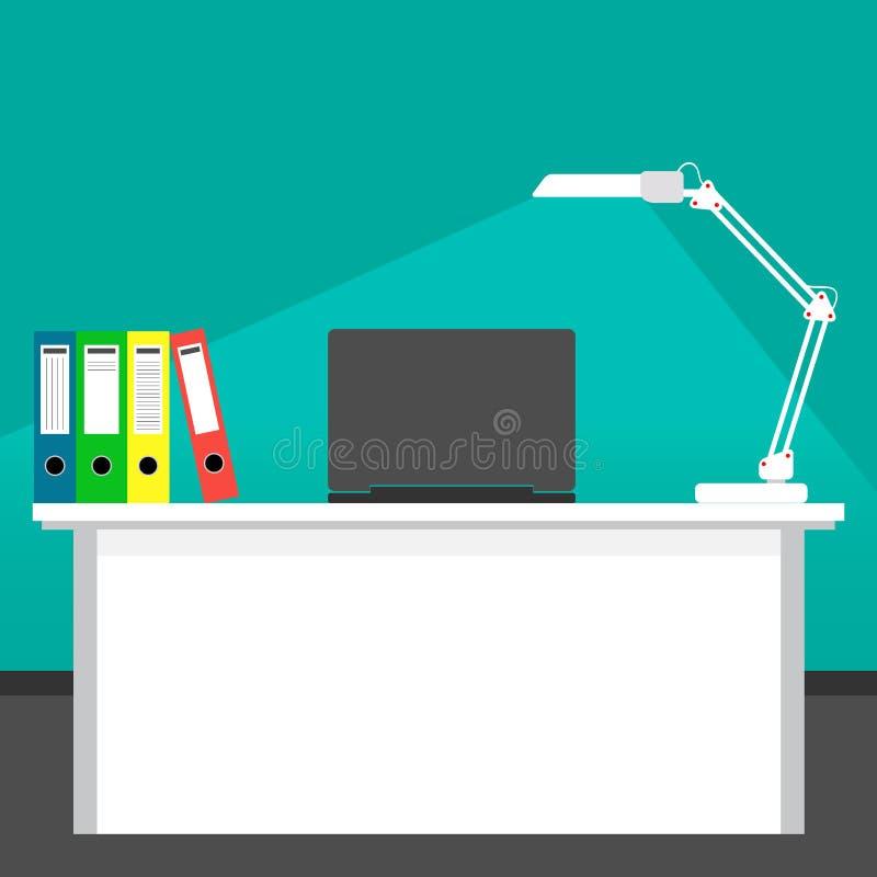 Домашнее рабочее место бизнесмена светом настольной лампы Стол, компьтер-книжка Вектор в плоском стиле бесплатная иллюстрация