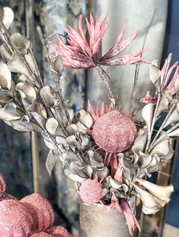 Домашние цветки украшения стоковая фотография