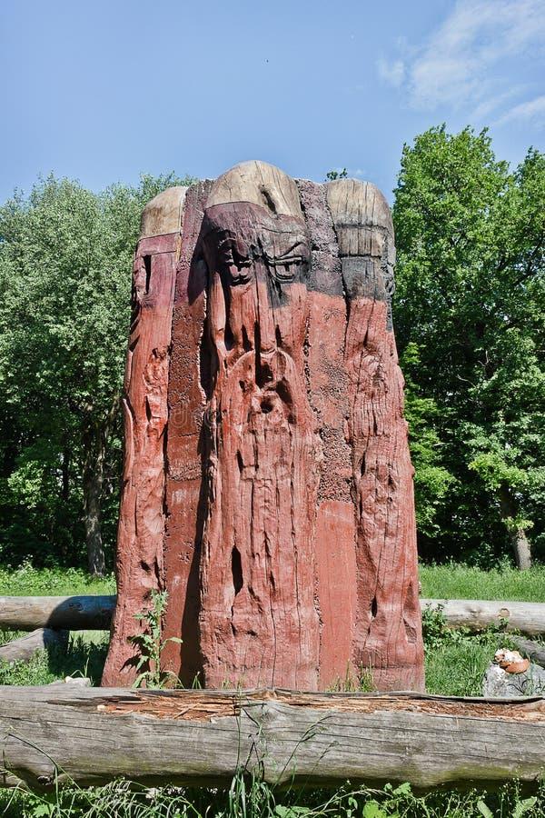 домашний хранитель идола деревянный стоковое изображение