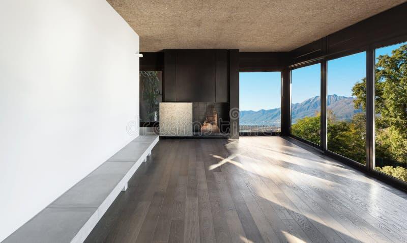 Домашняя, пустая комната с камином стоковые изображения rf
