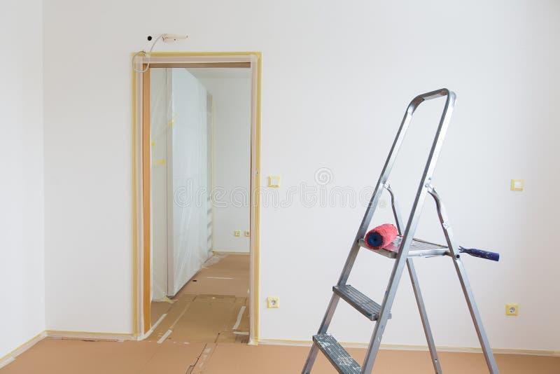 Download Домашняя реновация стоковое фото. изображение насчитывающей комната - 37931476