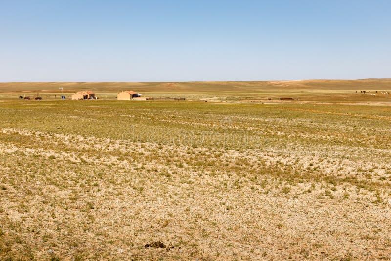 Дома в пустыне Гоби, Внутренняя Монголия, Китай стоковая фотография rf