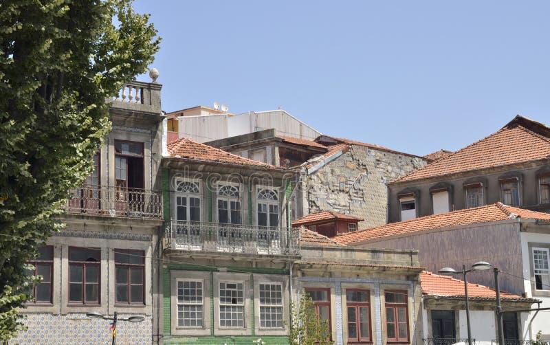 Дома в руинах в Порту стоковая фотография rf