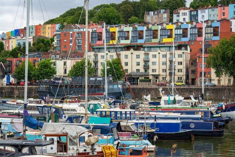 Дома гавани и Клифтон красочные в Бристоле Великобритании стоковые фотографии rf