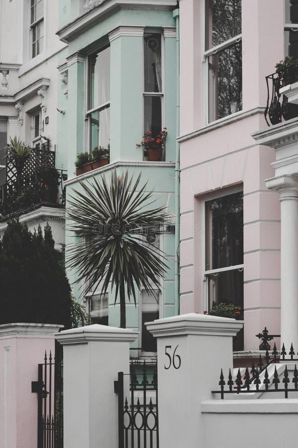 Дома пастели Notting Hill стоковые фото