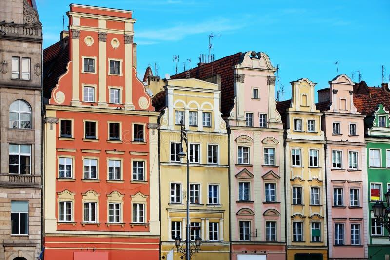 Дома строки на рыночной площади в Wroclaw, Польше стоковое изображение rf