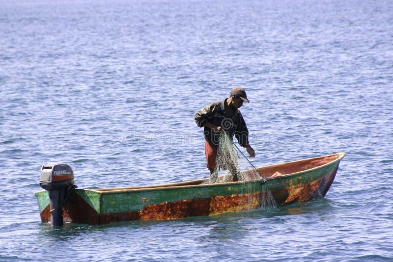 Доминиканский рыболов в Samana стоковые изображения rf