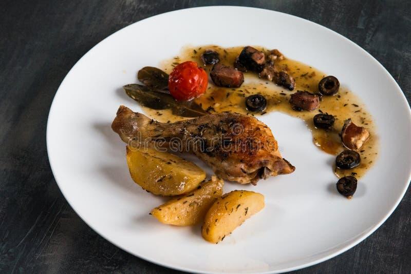Домодельное цыпленка провансальское стоковое фото rf
