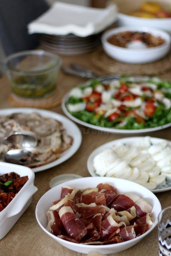 Домодельный обед стоковая фотография rf
