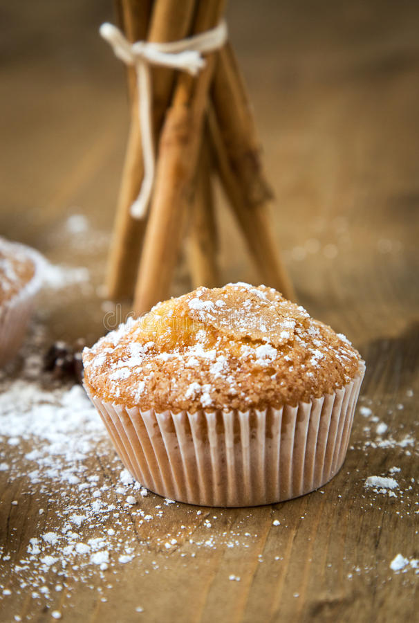 Домодельные булочки с анисовкой, циннамоном и мятой звезды стоковое фото