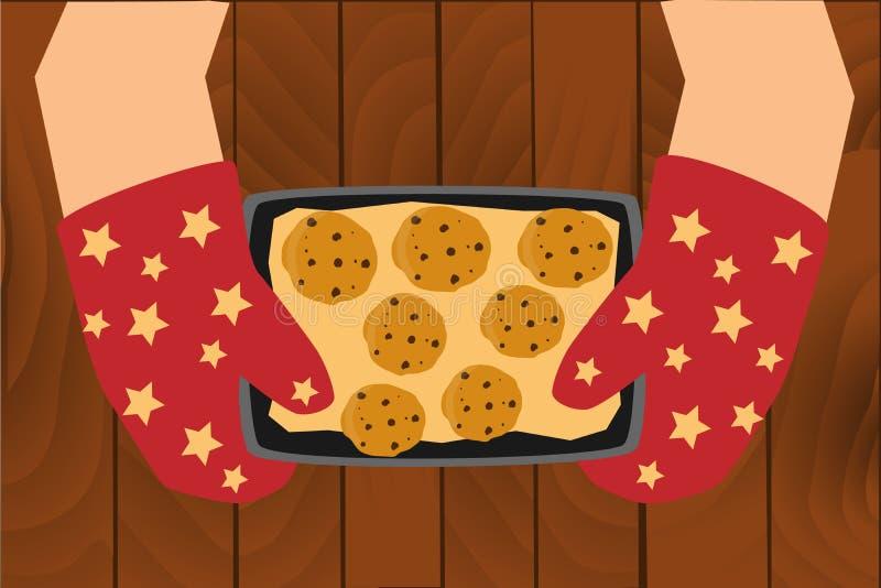 Домодельные печенья на подносе стоковые изображения rf