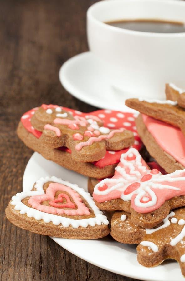 Домодельные печенья с чашкой кофе стоковые фотографии rf
