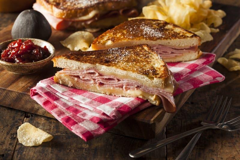 Домодельный сандвич Monte Cristo стоковое фото