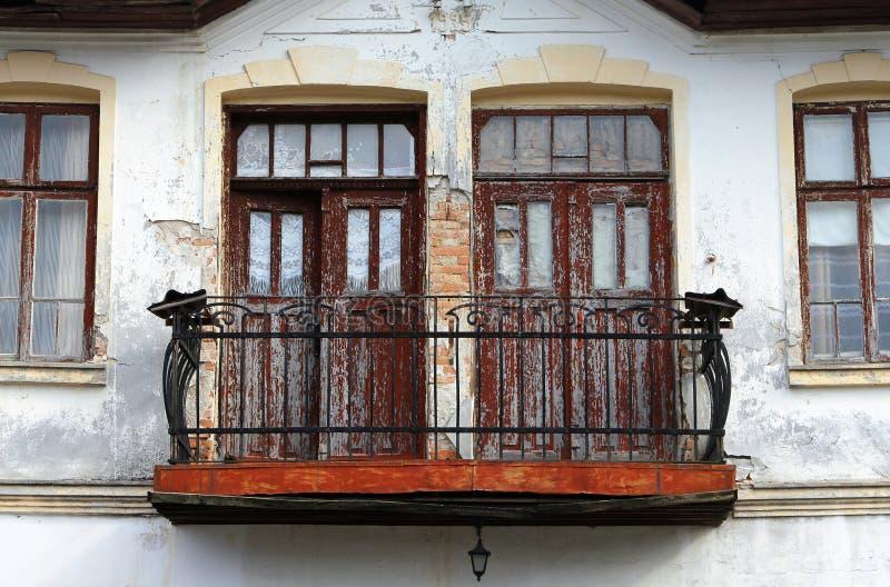 дом балкона старая стоковое фото