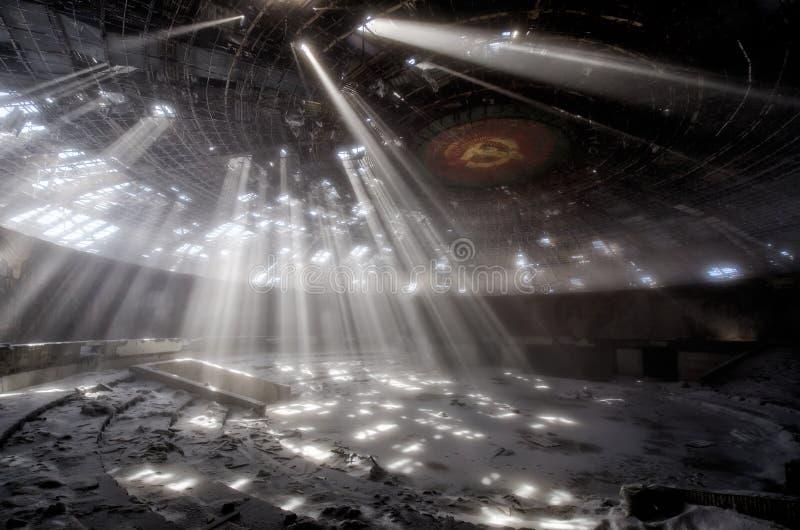 Лучи в Buzludzha стоковое изображение
