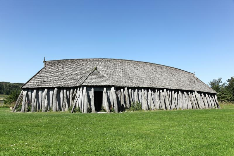 Дом Викинга в Hobro, Дании стоковые фотографии rf