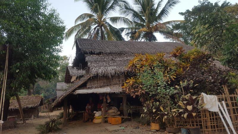 Дом в деревне в Мьянме стоковое фото rf
