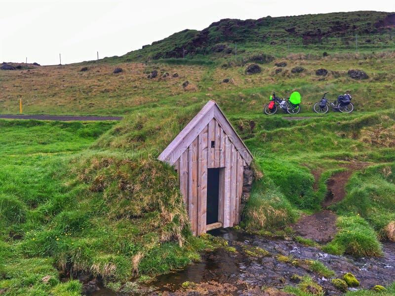 Дом дерновины Keldur в Исландии стоковая фотография